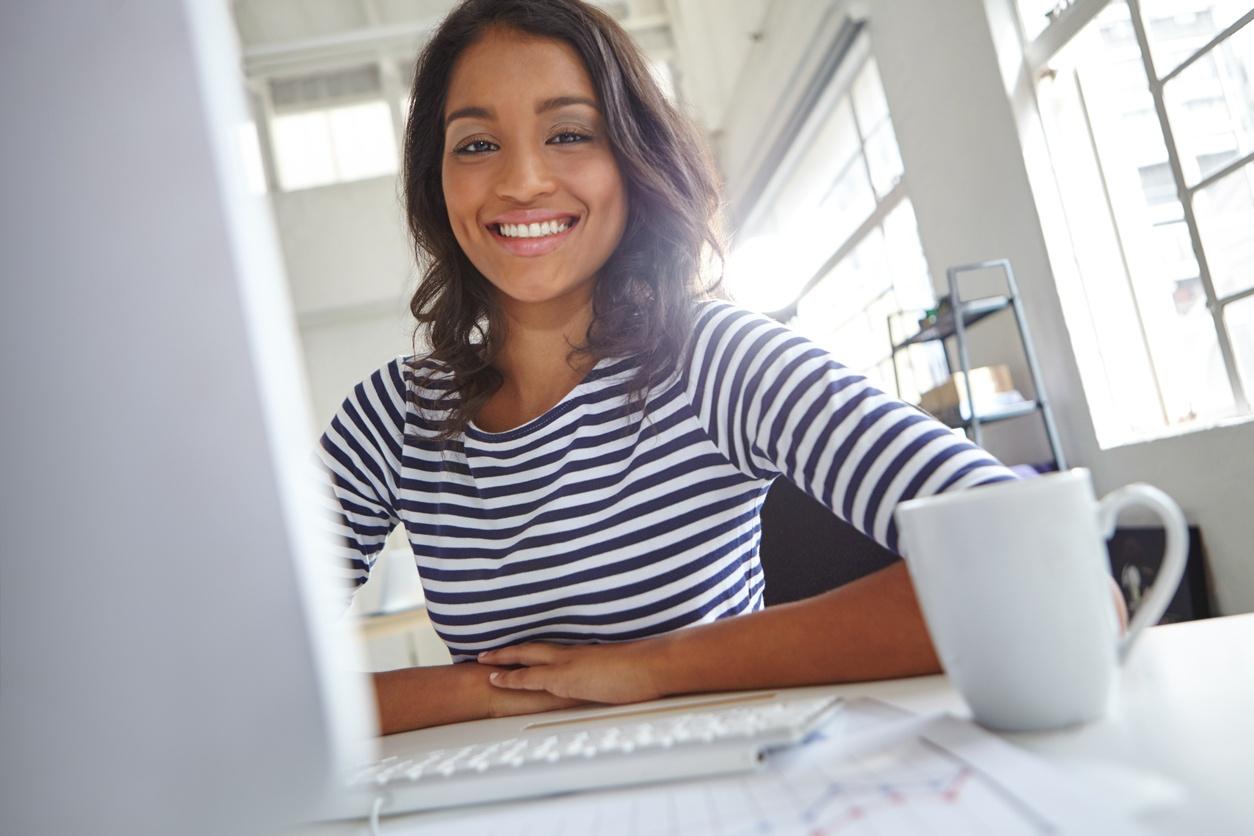 Jede Maßnahme, die für den Start eines Mitarbeiters nötig ist, wird genau definiert und pünktlich im digitalen Workflow eingeleitet, damit neue Kollegen vom ersten Tag an gut gelaunt durchstarten können.